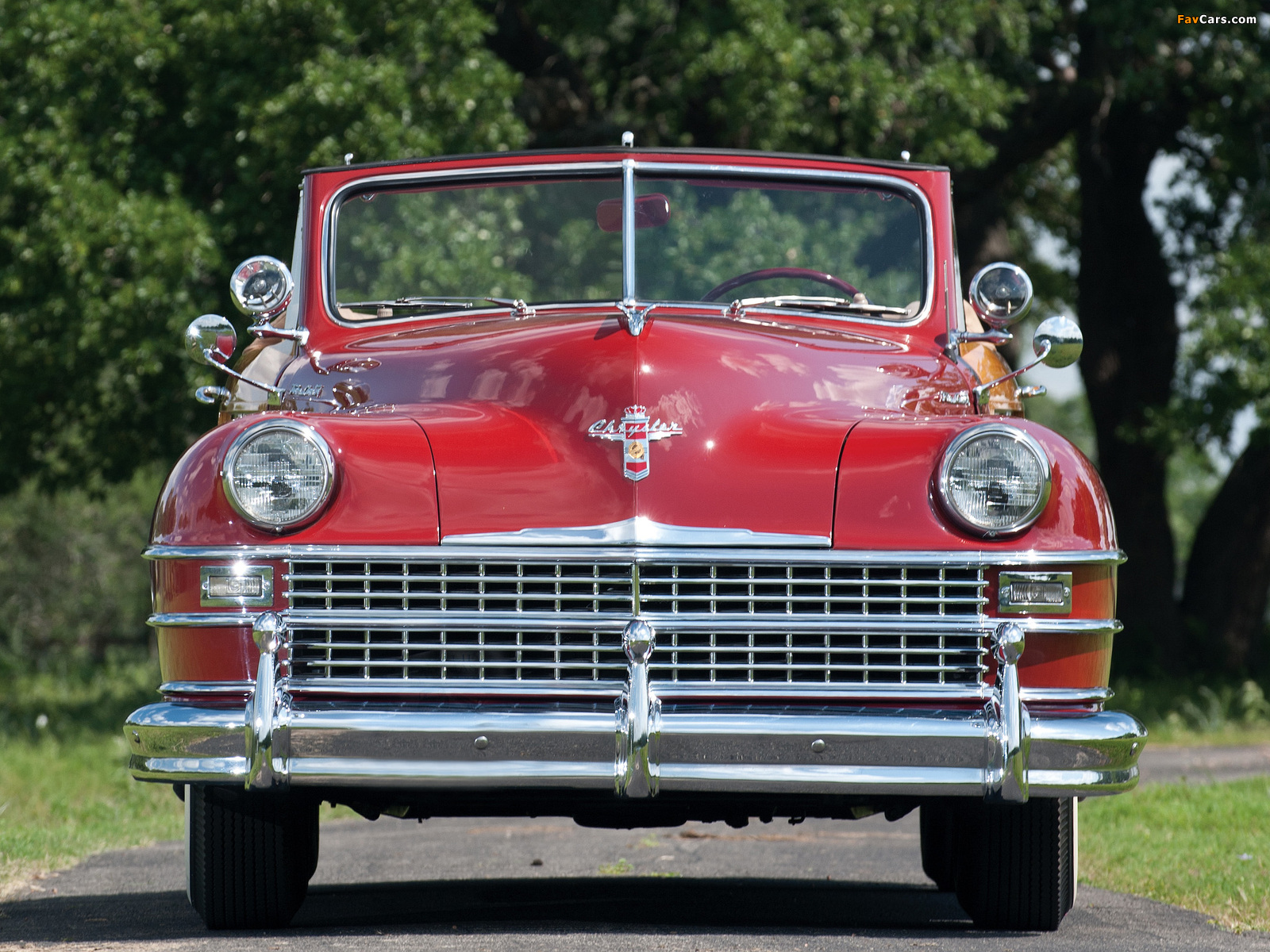 Chrysler Town & Country Convertible 1946 wallpapers (1600 x 1200)