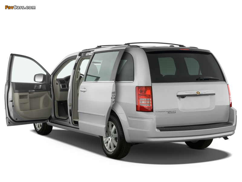 Chrysler Town & Country 2007–10 wallpapers (800 x 600)