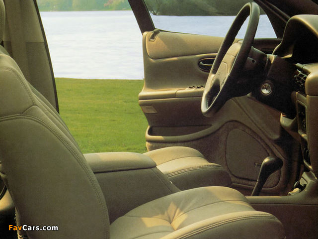 Chrysler Vision 1993–97 wallpapers (640 x 480)