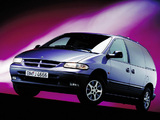 Chrysler Voyager 1995–2000 pictures