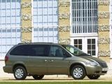 Chrysler Grand Voyager UK-spec 2004–07 images