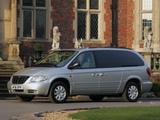 Chrysler Grand Voyager UK-spec 2004–07 photos