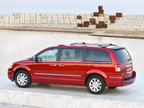 Chrysler Grand Voyager 2008–10 wallpapers