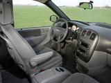 Images of Chrysler Voyager 2004–07