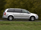 Chrysler Grand Voyager UK-spec 2008–10 wallpapers