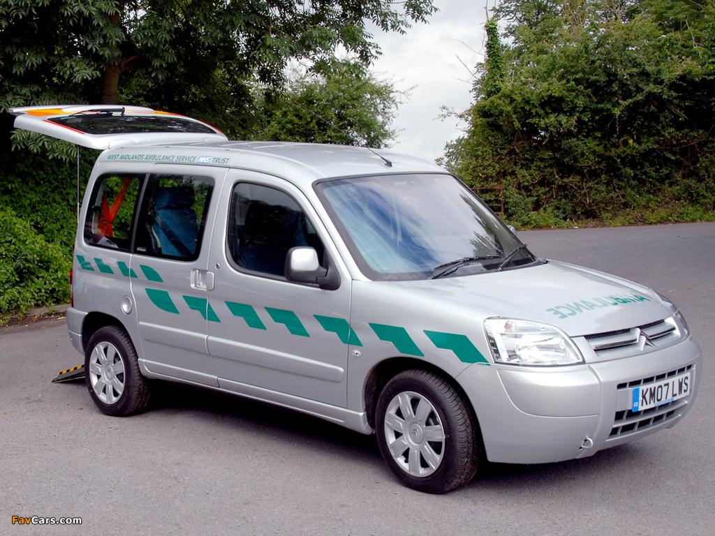 Citroën Berlingo Ambulance UK-spec 2002–08 pictures (1024 x 768)