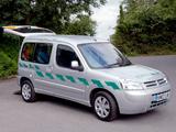 Citroën Berlingo Ambulance UK-spec 2002–08 pictures
