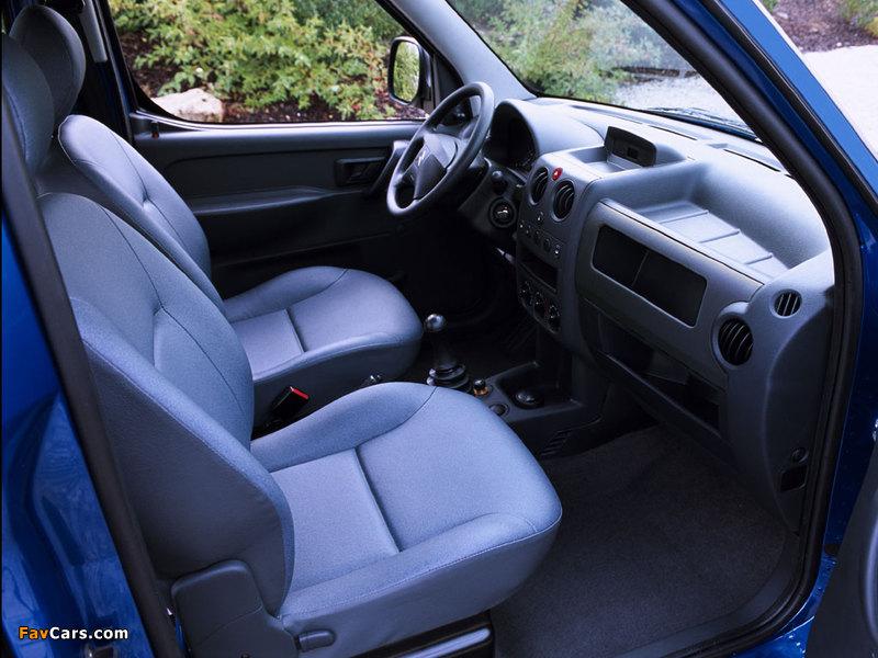 Citroën Berlingo Combi 2002–11 wallpapers (800 x 600)