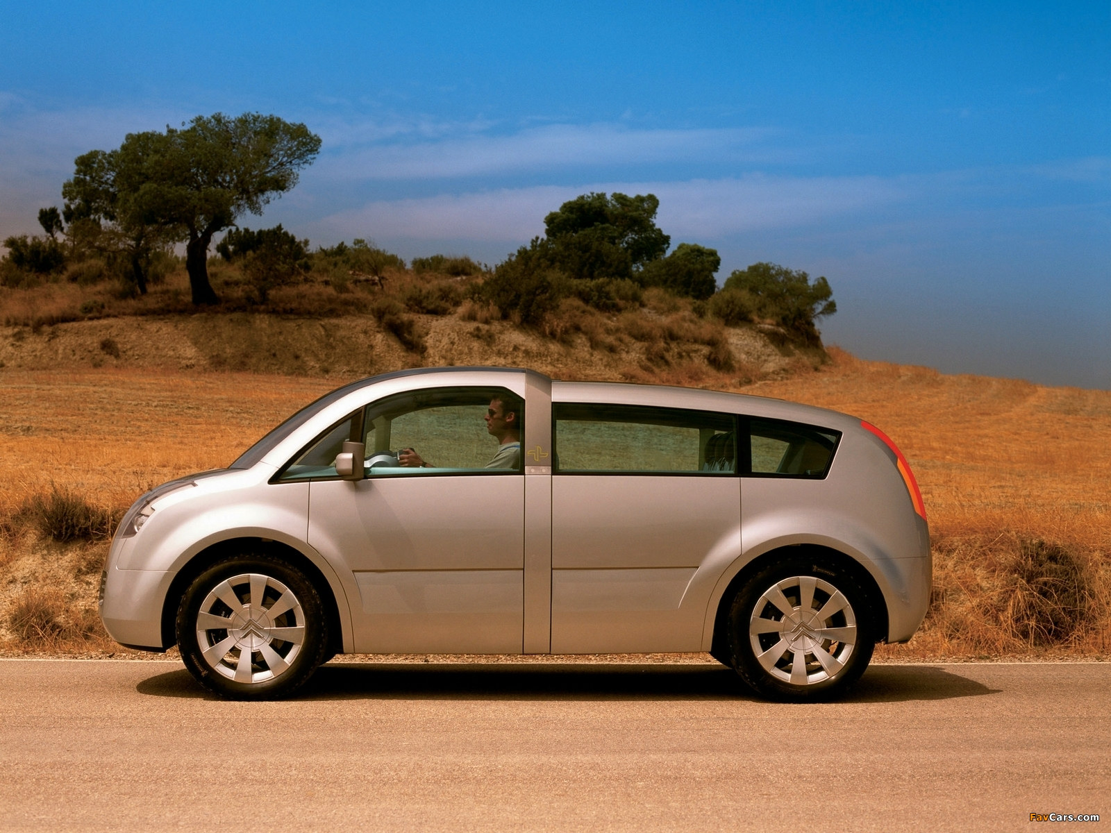 Images of Citroën C-Crosser Concept 2001 (1600 x 1200)