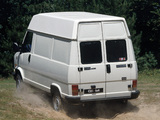 Photos of Citroën C25 4x4 High Roof Van 1991–94