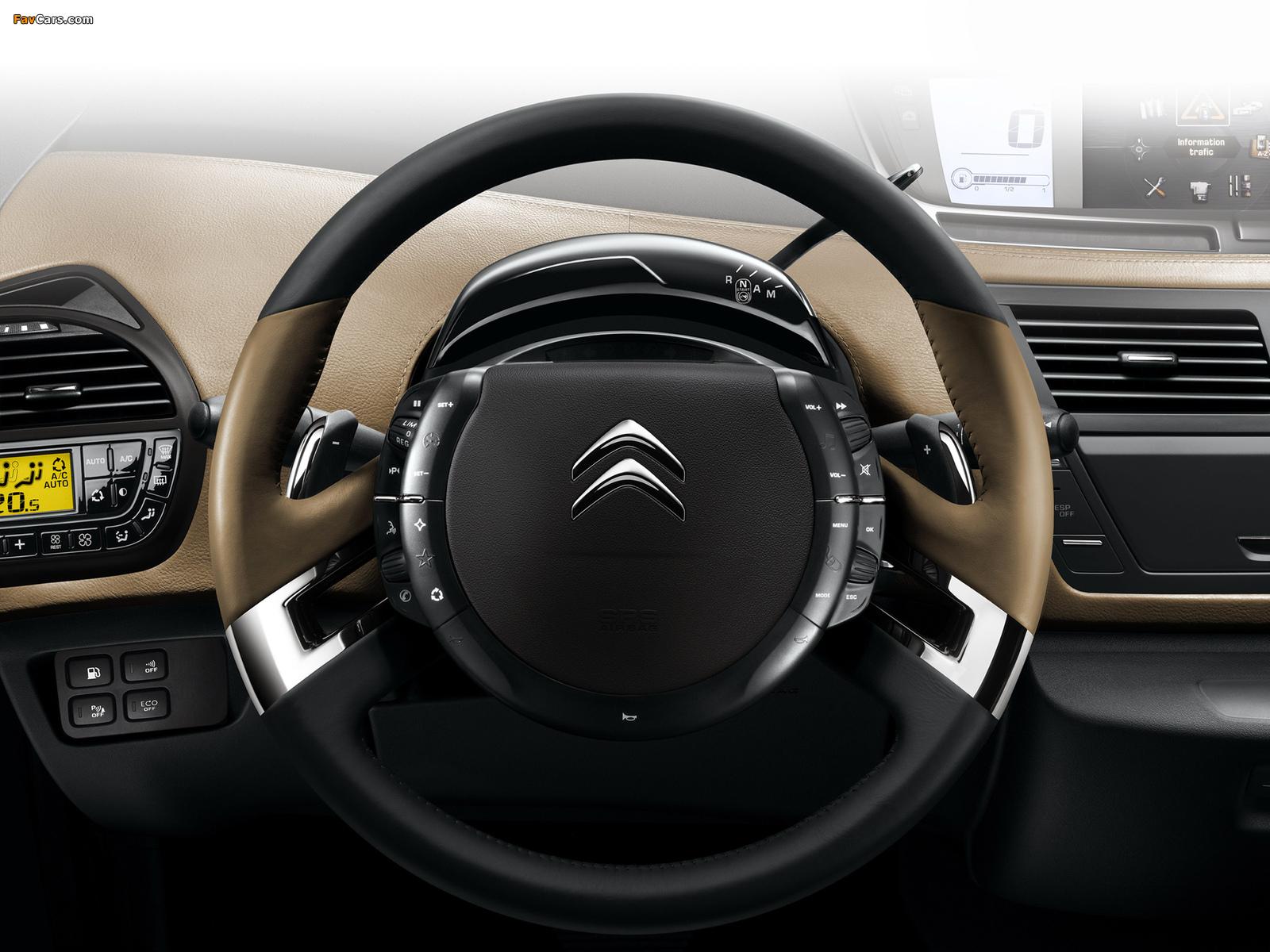 Citroën C4 Picasso 2010 photos (1600 x 1200)