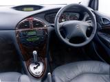 Citroën C5 V6 AU-spec 2001–04 pictures