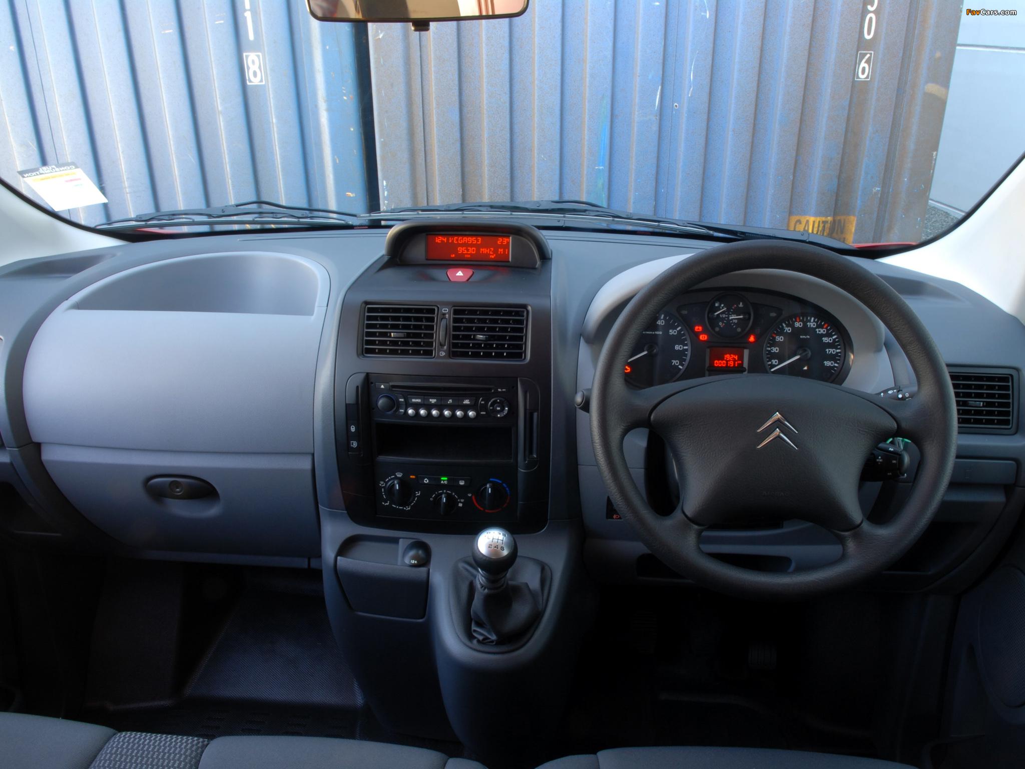 Citroën Dispatch Van LWB AU-spec 2009 wallpapers (2048 x 1536)