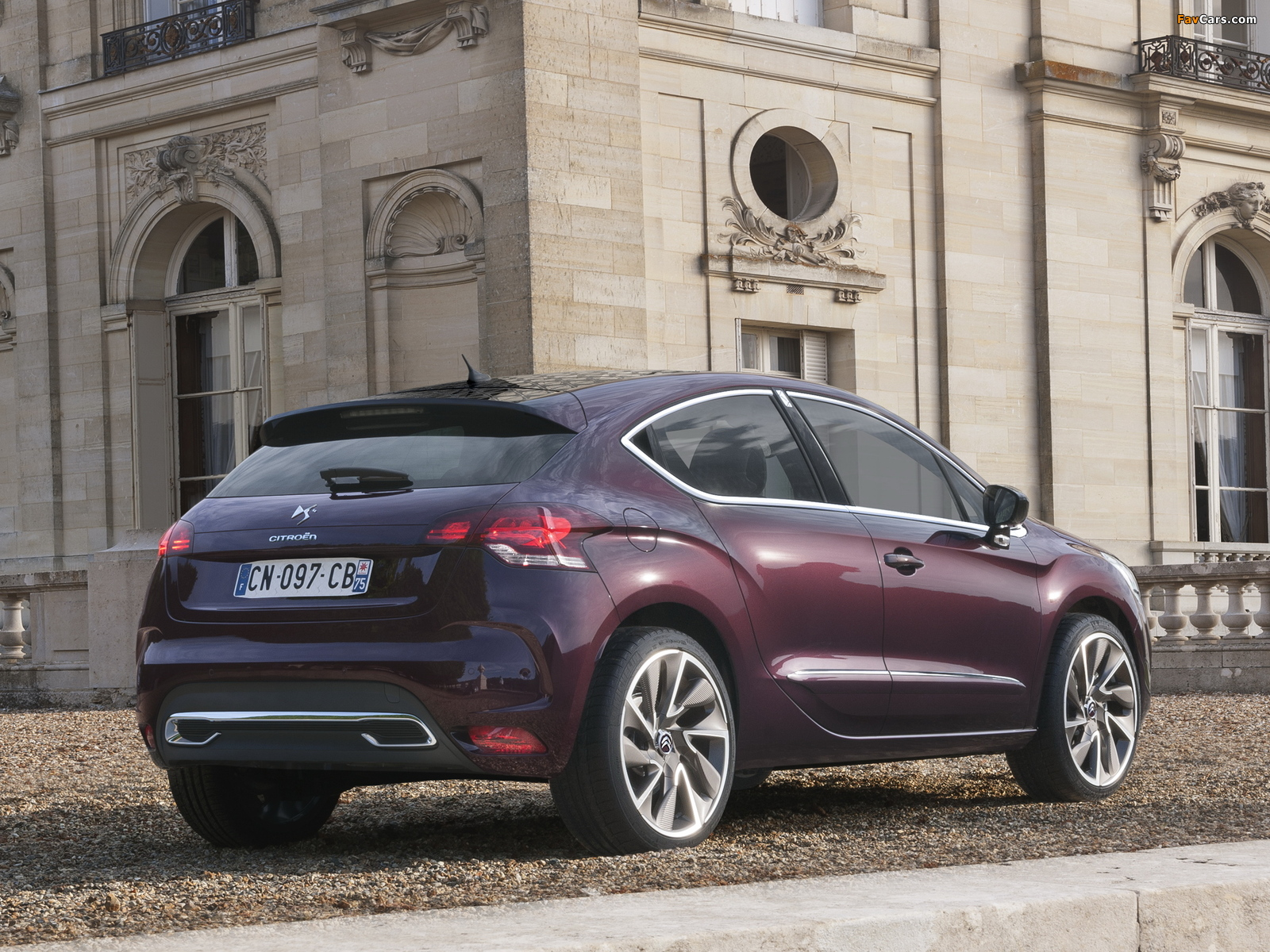 Citroën DS4 Faubourg Addict 2013 wallpapers (1600 x 1200)