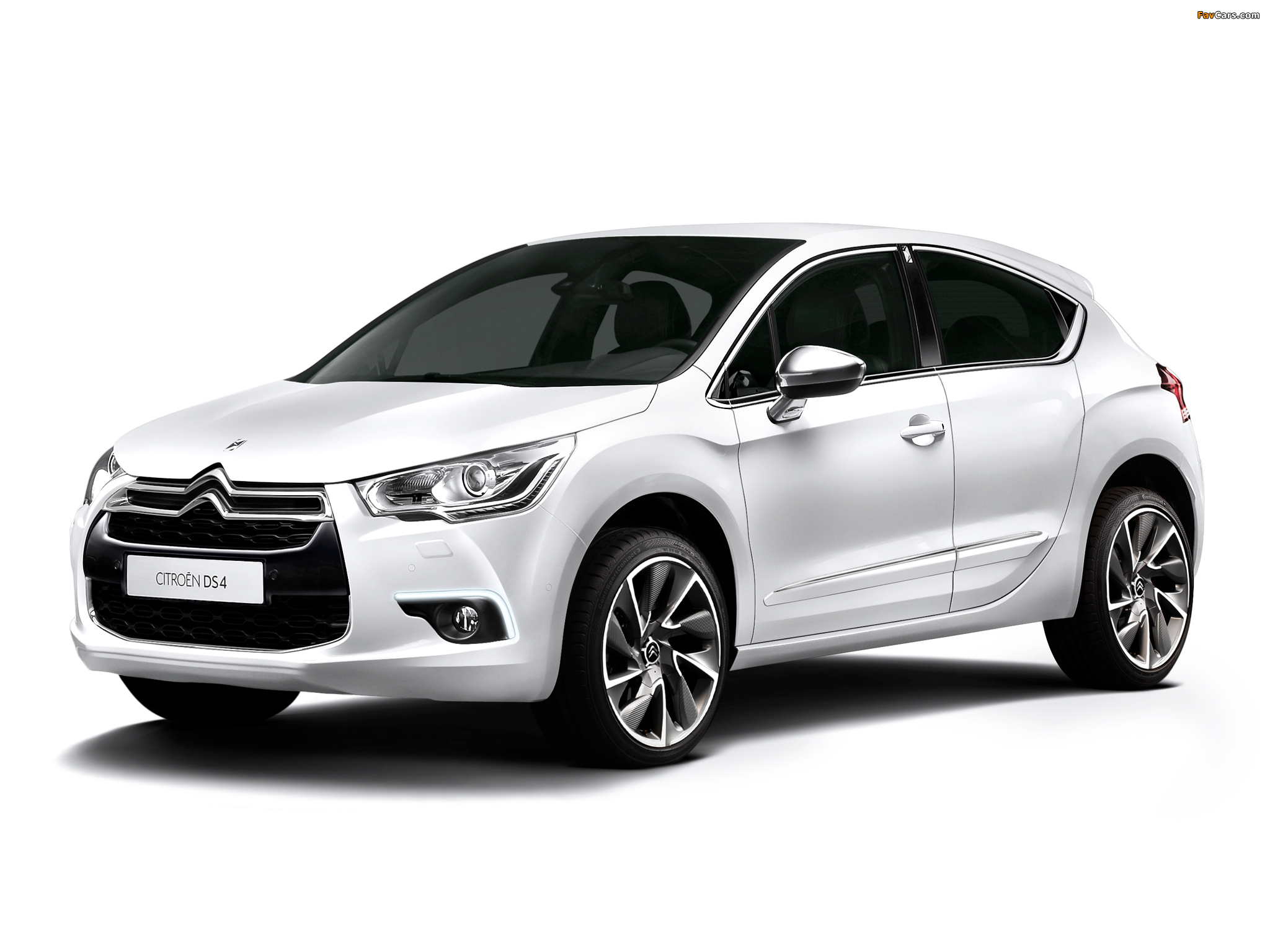 Citroën DS4 Pure Pearl 2013 wallpapers (2048 x 1536)