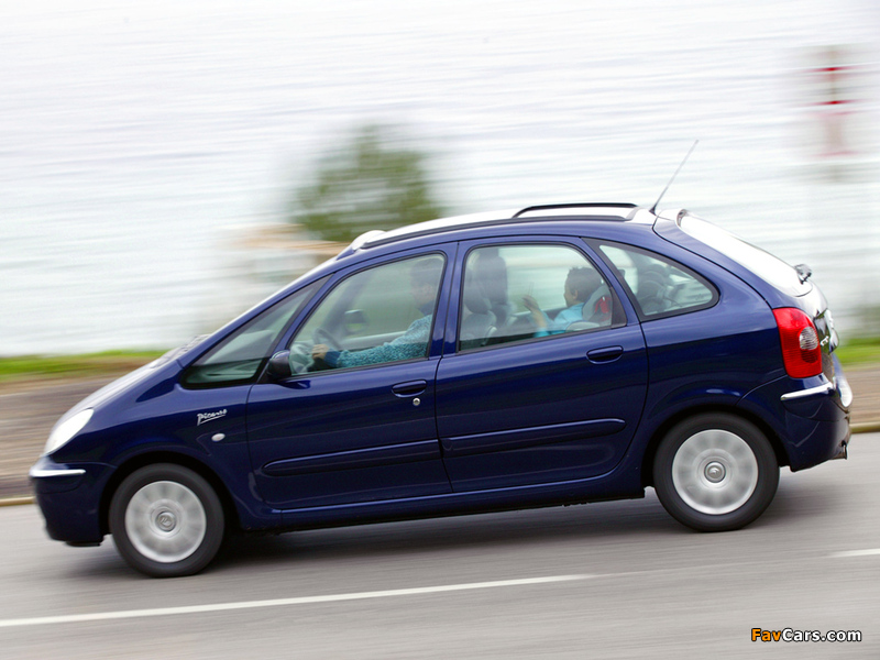 Citroën Xsara Picasso 2004–10 pictures (800 x 600)