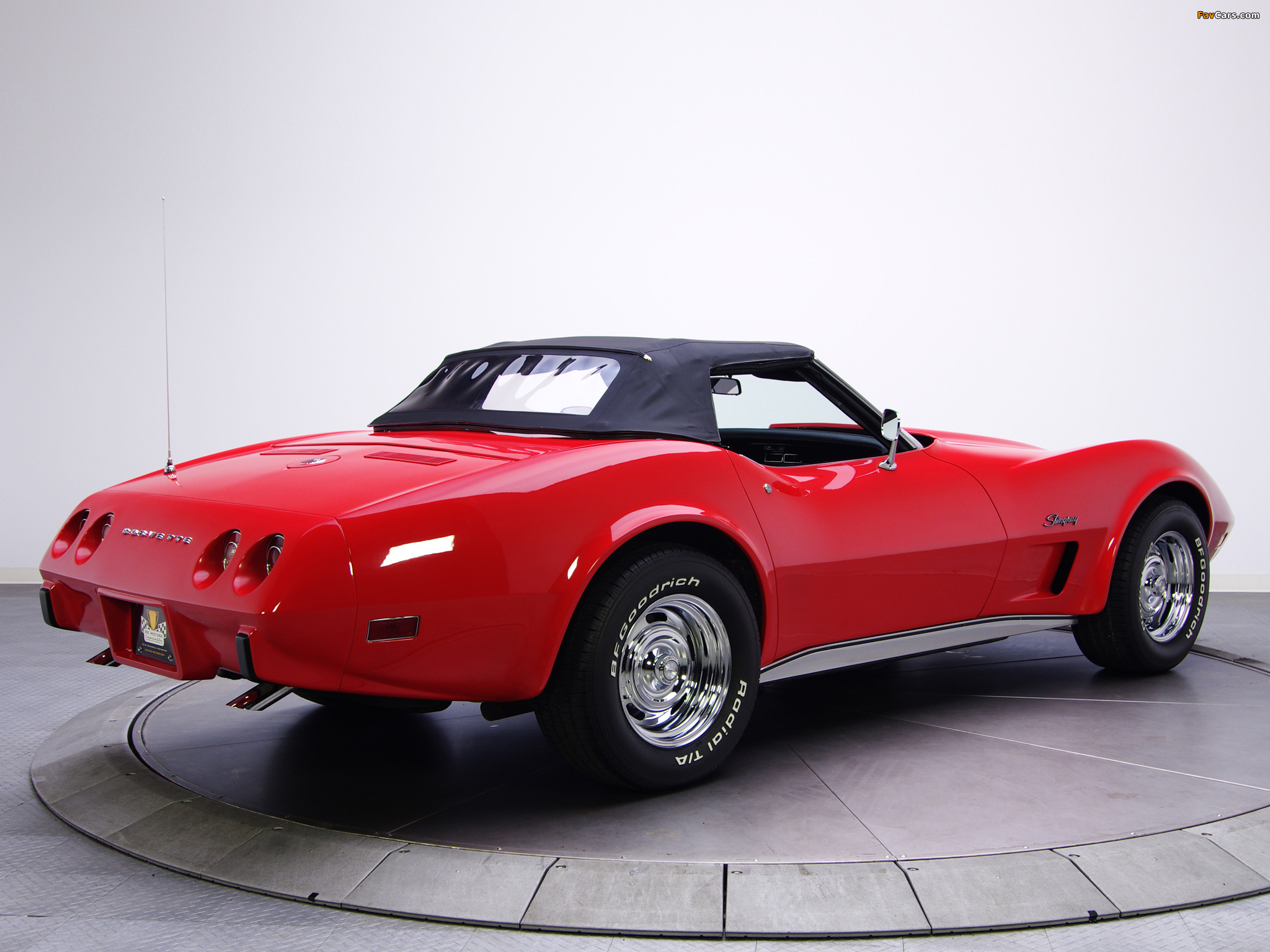 photos of corvette stingray convertible c3 1974 75 2048x1536. Black Bedroom Furniture Sets. Home Design Ideas
