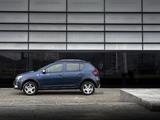 Dacia Sandero Stepway UK-spec 2017 images