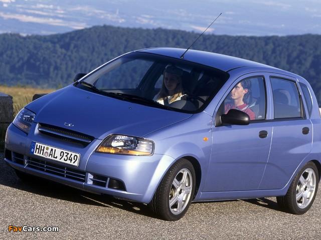Daewoo Kalos 5-door (T200) 2002–05 images (640 x 480)