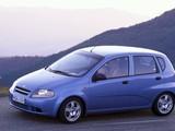 Daewoo Kalos 5-door (T200) 2002–05 pictures