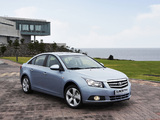Photos of Daewoo Lacetti Premiere (J300) 2009–11