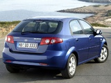 Pictures of Daewoo Lacetti Hatchback SX 2004–09