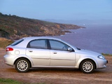 Daewoo Lacetti Hatchback CDX 2004–09 wallpapers