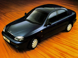 Daewoo Lanos Sedan UK-spec (T100) 1997–2000 images