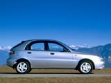 Daewoo Lanos 5-door (T100) 1997–2000 wallpapers