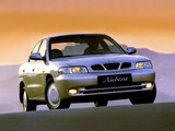 Daewoo Nubira Sedan 1997–99 photos