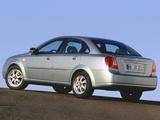 Daewoo Nubira Sedan 2003–04 images