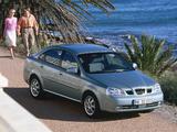 Photos of Daewoo Nubira Sedan 2003–04
