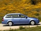 Photos of Daewoo Nubira Wagon 2004