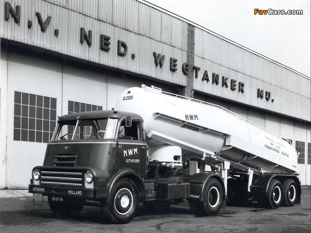 DAF 2000 DO Tractor 1957–65 photos (640 x 480)
