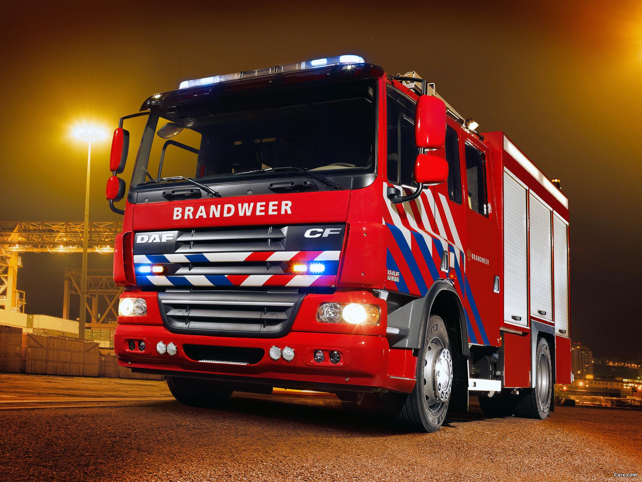 Images of DAF CF75.310 4x2 FA Firetruck 2006–13 (2048 x 1536)