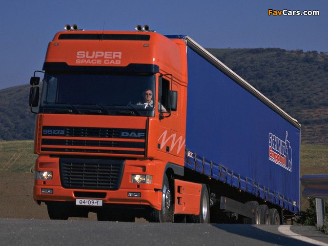DAF 95XF 4x2 FT Super Space Cab 1997–2002 pictures (640 x 480)