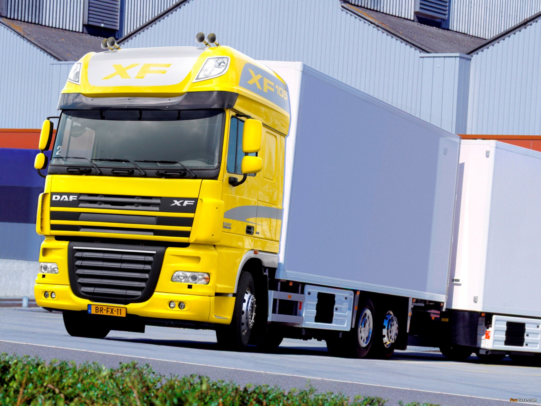 DAF XF105 6x2 FAS Super Space Cab 2006–12 pictures (2048 x 1536)