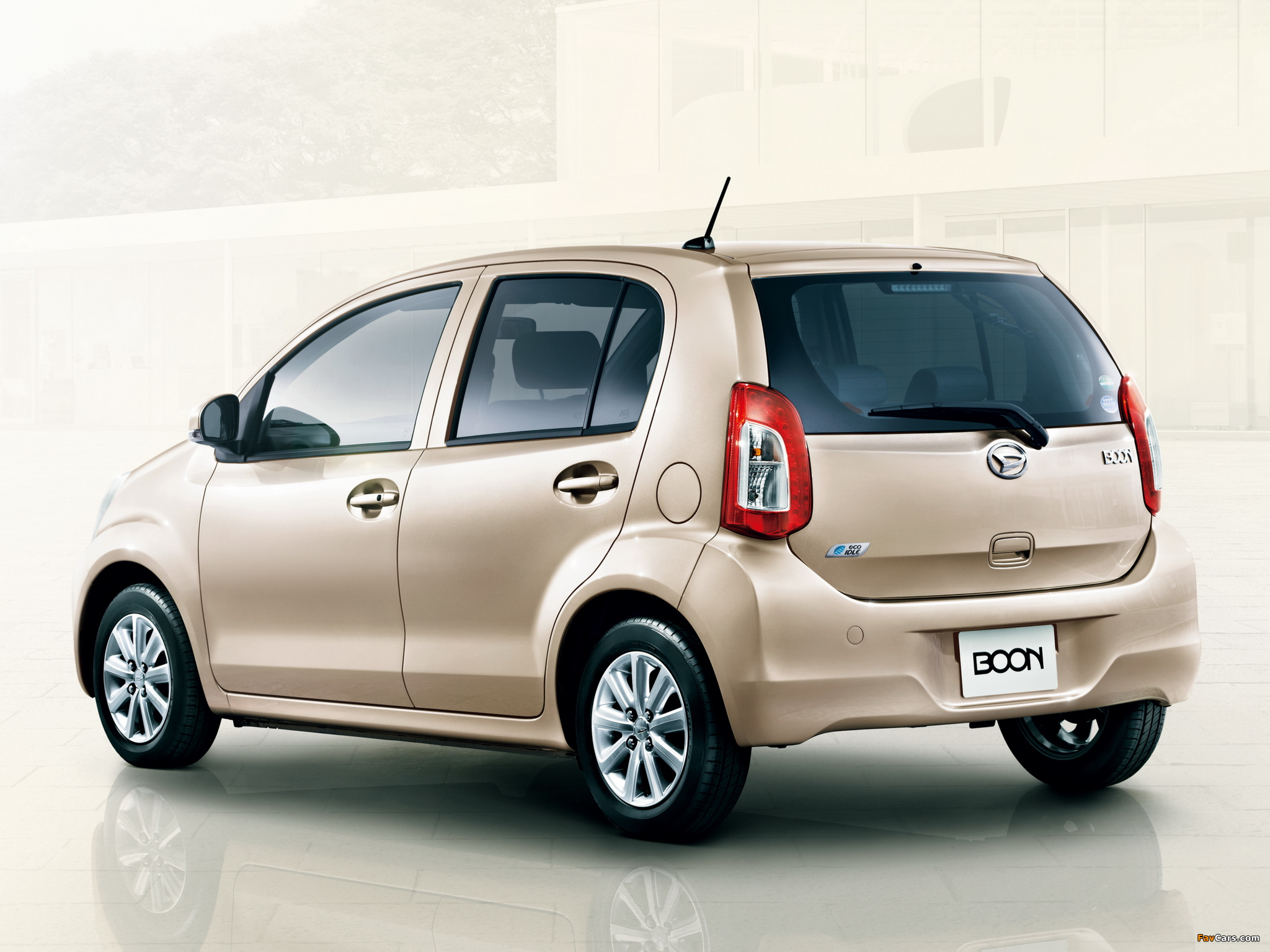 Images of Daihatsu Boon 2014 (2048 x 1536)