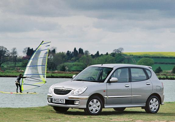 Daihatsu Sirion UK-spec 2001–04 images