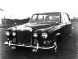 Daimler DS420 (MkI) 1968–72 wallpapers