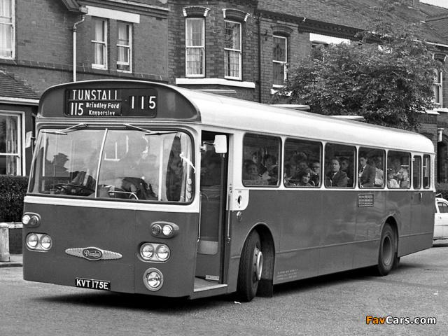 Daimler Roadliner SRC6 (B50F) 1967– images (640 x 480)