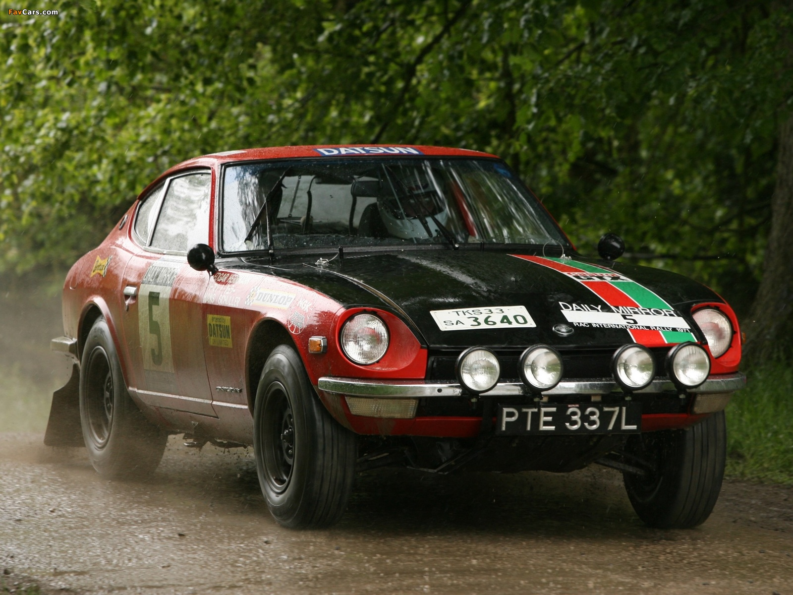 Datsun 240Z Rally (S30) 1971–73 pictures (1600 x 1200)
