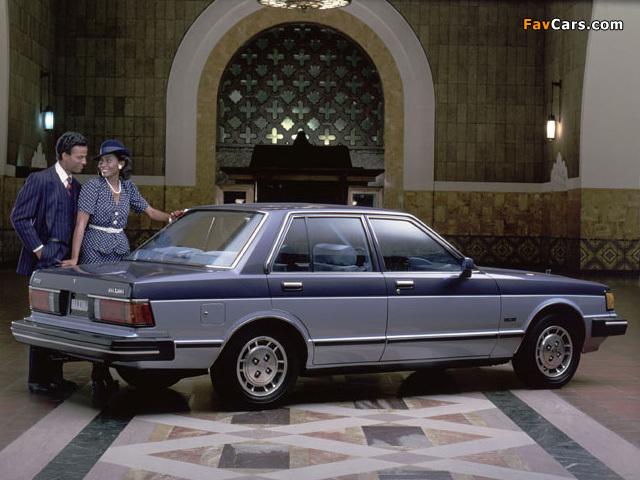 Datsun 810 Maxima 1981–84 photos (640 x 480)