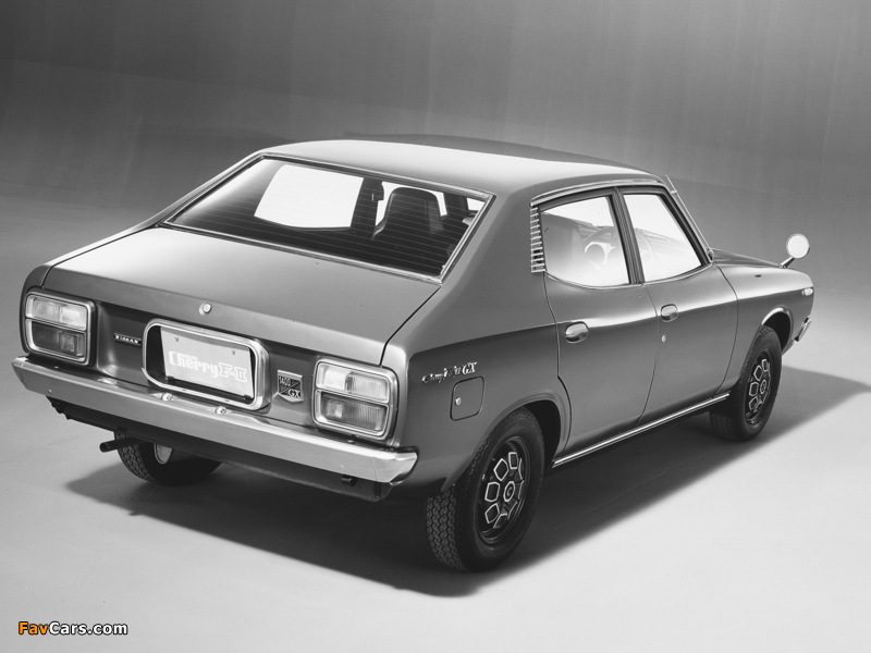 Pictures of Nissan Cherry F-II 4-door Sedan (F10) 1974–78 (800 x 600)