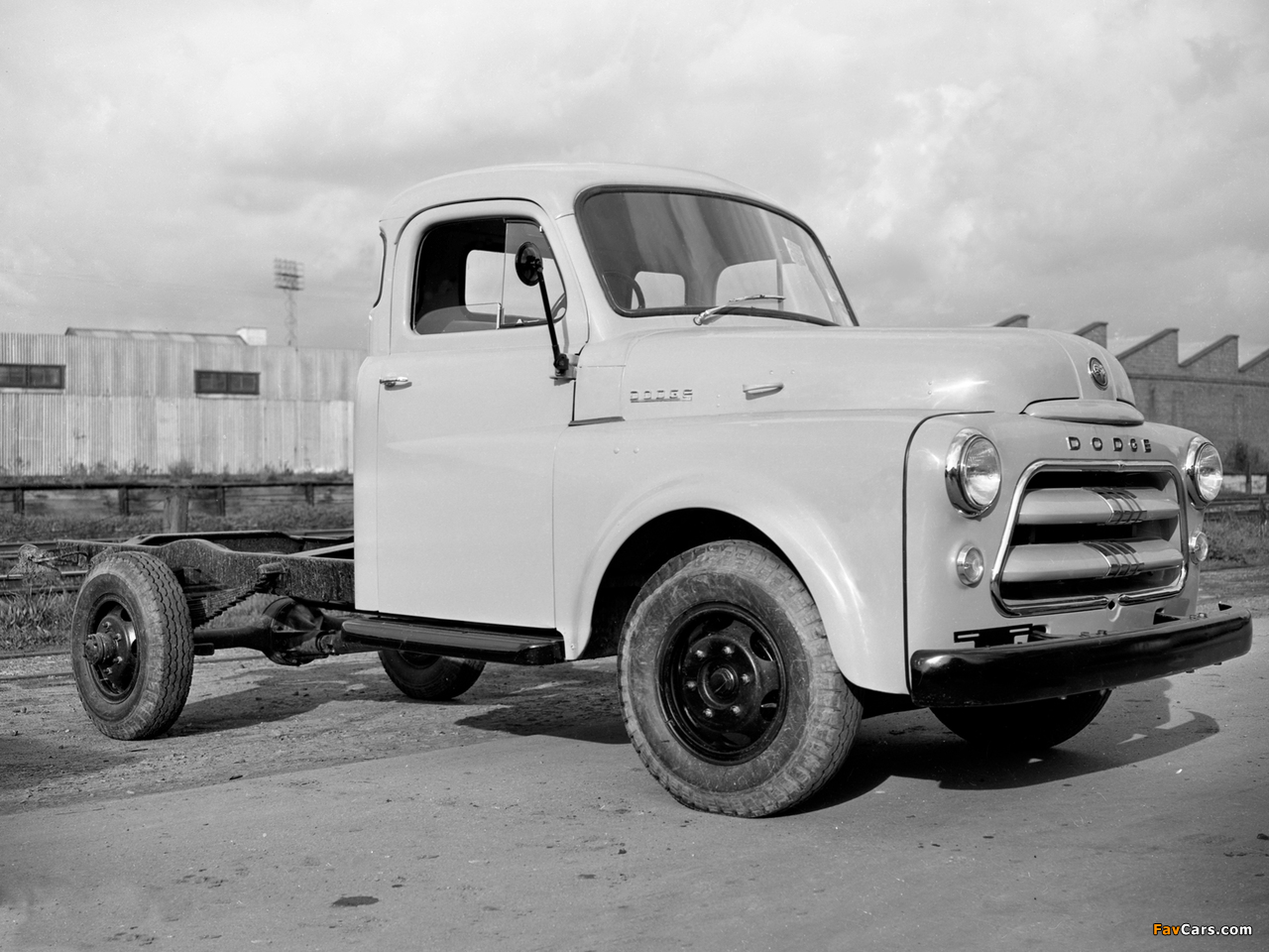 Photos of Dodge 2-26 AD Chassis Cab 1955–58 (1280 x 960)