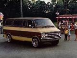 Dodge Sportsman Wagon 1977 photos