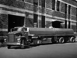 Images of Dodge C900 1960