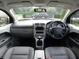 Dodge Caliber UK-spec 2006–09 pictures