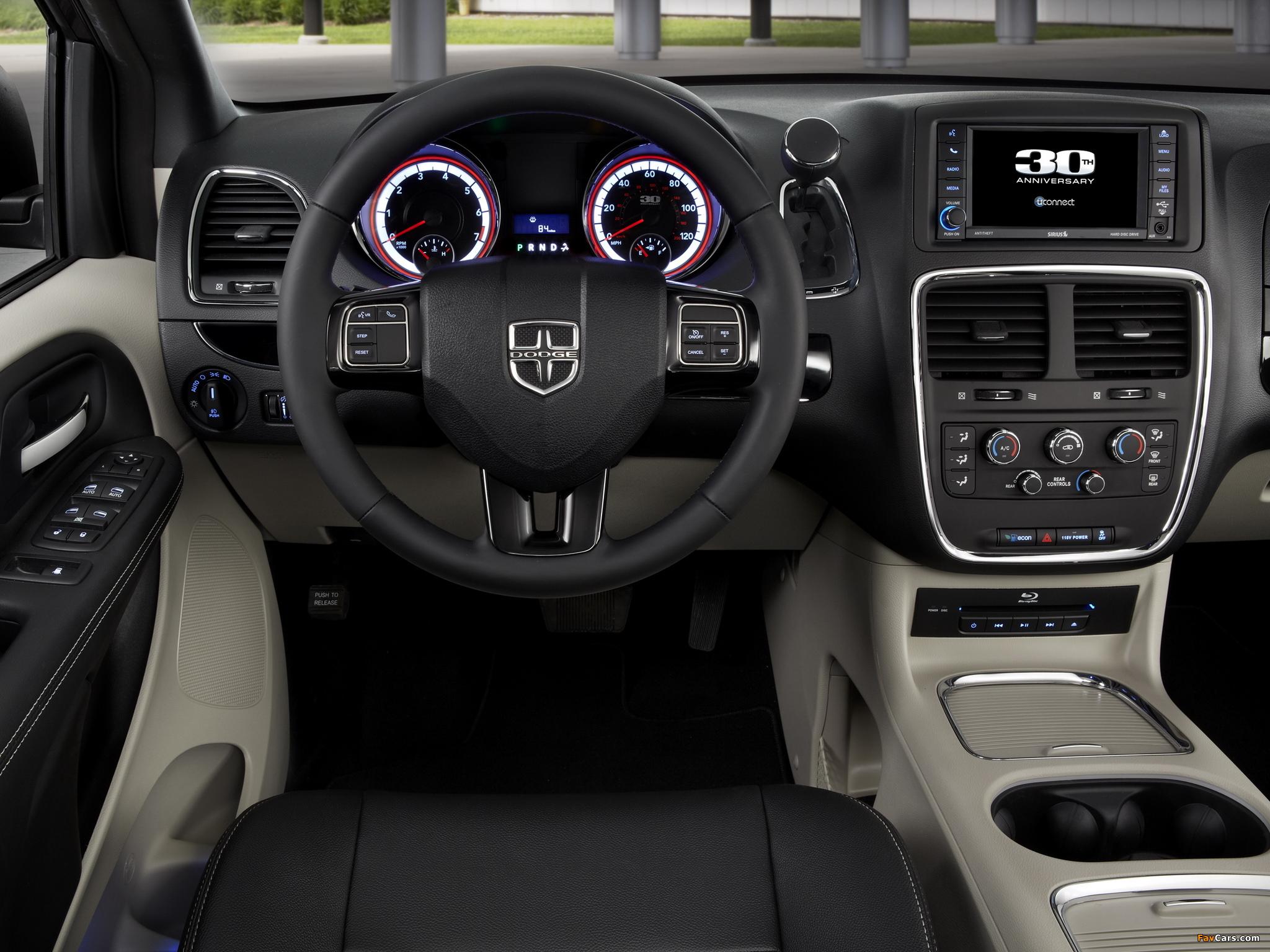 Images of Dodge Grand Caravan 30th Anniversary 2013 (2048 x 1536)