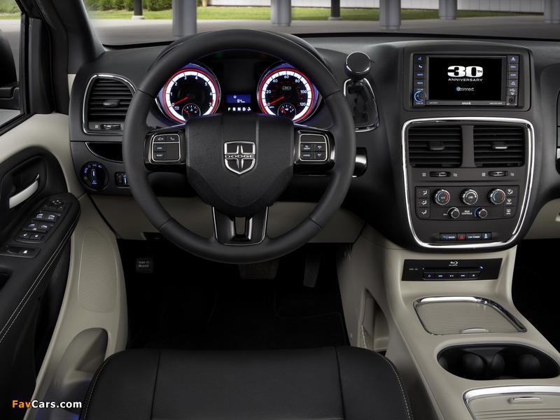 Images of Dodge Grand Caravan 30th Anniversary 2013 (800 x 600)
